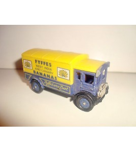 VEHICULE RETRO CORGI A.E.C.VAN BANANAS MADE IN GREAT BRITAIN (7,5x3cm)