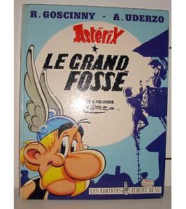 BD ASTERIX - LE GRAND FOSSE 2°TRIMESTRE 1980 UDERZO GOSCINNY