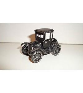 VEHICULE DISNEY PIXAR - CARS LIZZIE FORD MODELE T 1923  METAL (5x3cm)