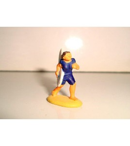 PERSONNAGE VINTAGE STYLE MICROMACHINES  n°957 - SURFEUSE (2,5x2cm)