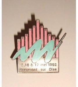 PINS BEAUMONT SUR OISE 15 16 ET 17 MAIN 1992