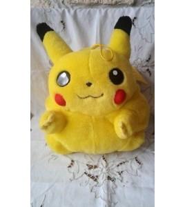 grande Peluche Range Pyjama Pokémon Pikachu Sac Tomy Nintendo 30cm